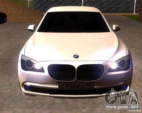 BMW 750Li 2010 para GTA San Andreas vista hacia atrás