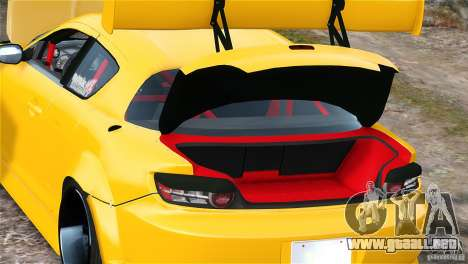 Mazda RX-8 Mad Mike para GTA 4 vista interior