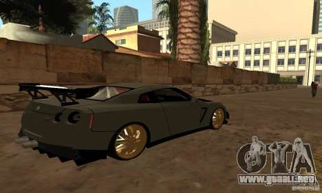 Nissan GTR R35 Tuning para GTA San Andreas left