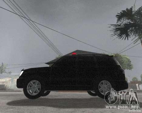 Toyota Land Cruiser 100 VX para GTA San Andreas left