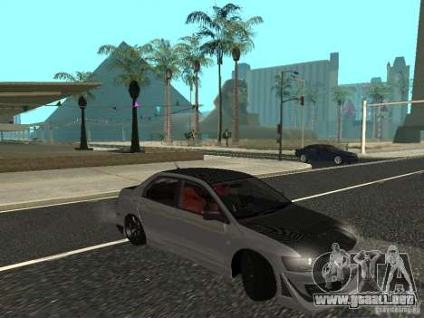Mitsubishi Lancer Evolution VIII para GTA San Andreas left