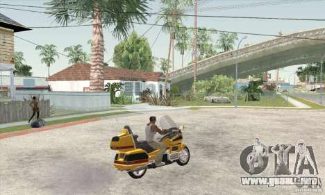Honda Goldwing GL 1500  (1990) para GTA San Andreas left