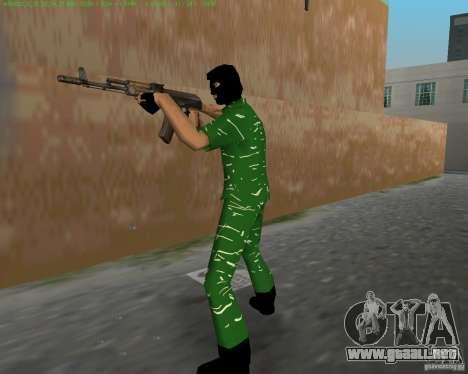 AK-74 para GTA Vice City quinta pantalla