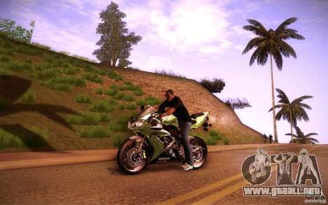 Yamaha YZF R1 para GTA San Andreas left