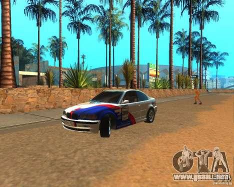 BMW 318i E46 2003 para GTA San Andreas left