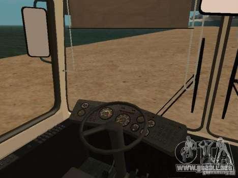 LAZ 52527 para GTA San Andreas vista hacia atrás
