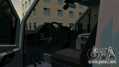 Mercedes-Benz Sprinter reanimación para GTA San Andreas vista posterior izquierda