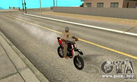 DT 180 Motard para GTA San Andreas left