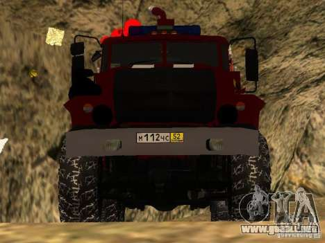 Ural 43206 AC 3.0-40 (6 x 6) para GTA San Andreas vista hacia atrás