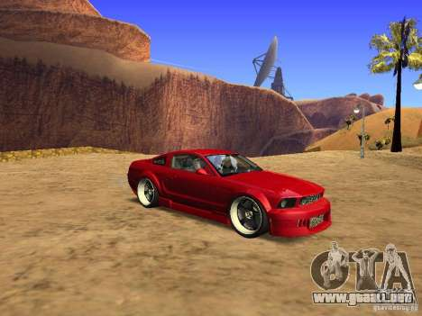 Ford Mustang GT 2005 Tuned para GTA San Andreas left