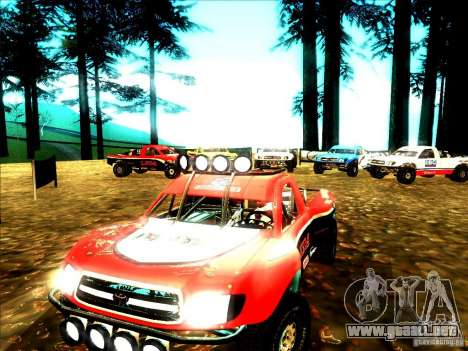 Toyota Tundra Rally para GTA San Andreas left