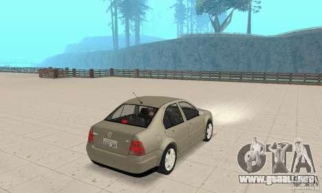Volkswagen Bora Stock para GTA San Andreas left