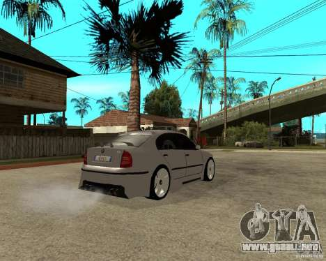 Skoda Superb Light Tuning para la visión correcta GTA San Andreas