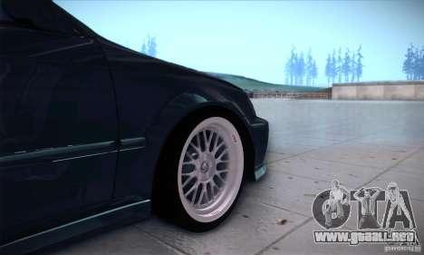 Honda Civic 6Gen para GTA San Andreas vista hacia atrás