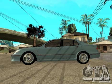 Saab 9-5 Aero Sedan para GTA San Andreas left