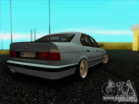 BMW 5 series E34 para GTA San Andreas vista posterior izquierda
