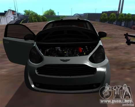 Aston Martin Cygnet para GTA San Andreas vista hacia atrás