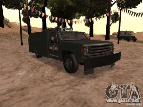 GMC SIERRA 3500 para visión interna GTA San Andreas