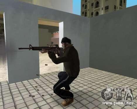 Niko Bellic en orejeras para GTA Vice City sexta pantalla