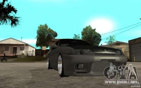 Nissan Skyline R32 - EMzone Edition para GTA San Andreas vista hacia atrás