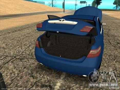 Toyota Camry para GTA San Andreas vista hacia atrás