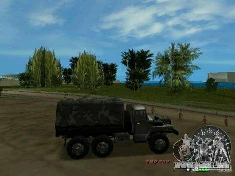 Ural 4320 Military para GTA Vice City vista interior