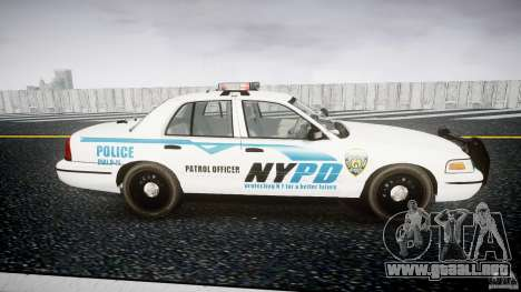 Ford Crown Victoria v2 NYPD [ELS] para GTA 4 vista interior