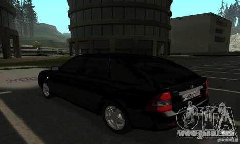 Lada Priora Hatchback para GTA San Andreas left