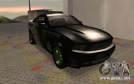 Ford Mustang GT Falken Monster 2010 v2.0 para GTA San Andreas left
