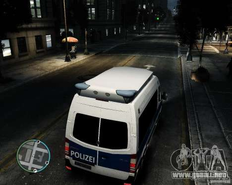 Mercedes Sprinter German Police para GTA 4 vista hacia atrás