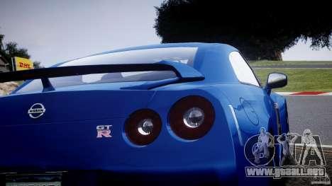Nissan GT-R R35 2010 v1.3 para GTA 4 vista lateral