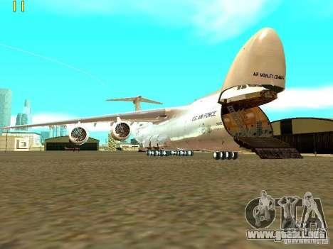 Lockheed C-5M Galaxy para GTA San Andreas vista posterior izquierda