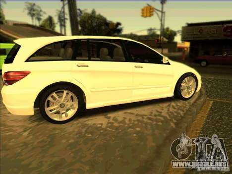 Mercedes Benz R350 para GTA San Andreas left