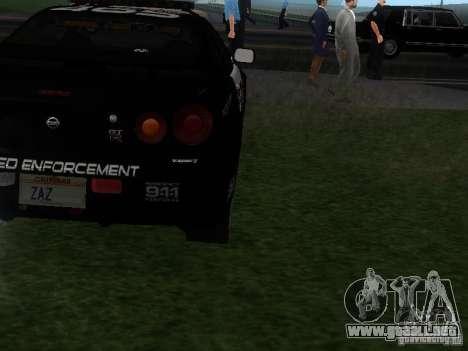 Nissan Skyline R34 Police para la visión correcta GTA San Andreas