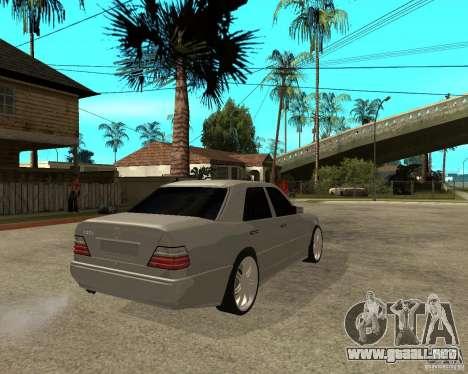 Mercedes-Benz W124 E500 95 para GTA San Andreas vista posterior izquierda