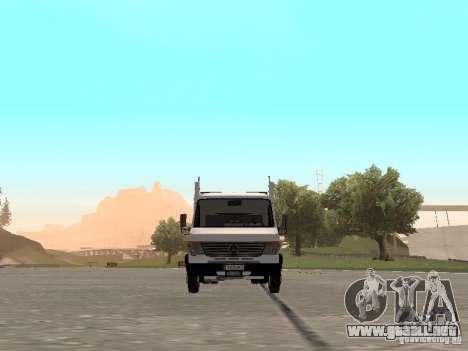 Mercedes-Benz Vario para GTA San Andreas vista hacia atrás