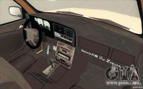 Cadillac Escalade 2004 para GTA San Andreas vista hacia atrás