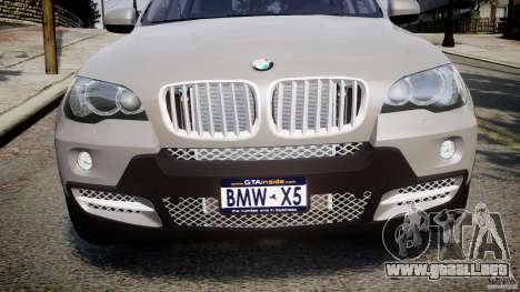 BMW X5 xDrive 4.8i 2009 v1.1 para GTA 4 vista lateral