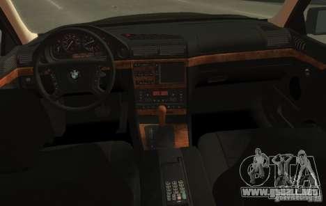 BMW 750i E38 1998 M-Packet para GTA 4 vista hacia atrás