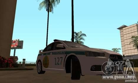 Mitsubishi Lancer Evolution X policía de Kazajis para la visión correcta GTA San Andreas