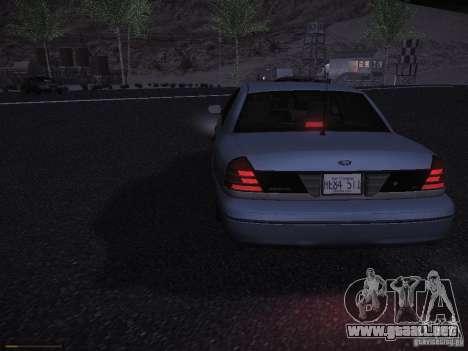 Ford Crown Victoria 2003 para GTA San Andreas vista hacia atrás