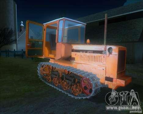 Tractor DT-75 cartero para GTA San Andreas left