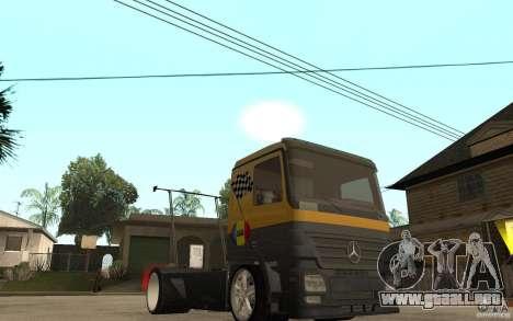 Mercedes Benz Actros Dragster para GTA San Andreas vista hacia atrás