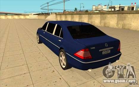 Mercedes-Benz S600 Pullman W220 para GTA San Andreas vista posterior izquierda