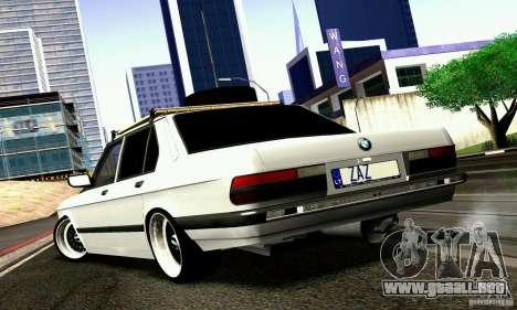 BMW E28 525e RatStyle No1 para la visión correcta GTA San Andreas