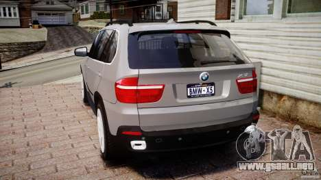 BMW X5 xDrive 4.8i 2009 v1.1 para GTA 4 Vista posterior izquierda