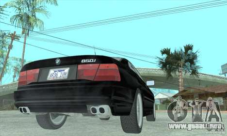 BMW 850i para GTA San Andreas left