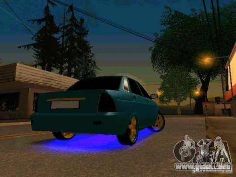 LADA Priora oro 2170 Edition para GTA San Andreas left