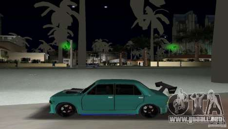 Zastava 110 GT para GTA Vice City vista posterior