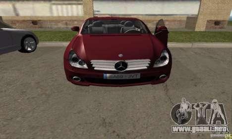 Mercedes-Benz CLS500 v2 para GTA San Andreas vista posterior izquierda